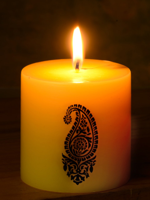 Myntra Offer :Scented Candles starting at Rs.300