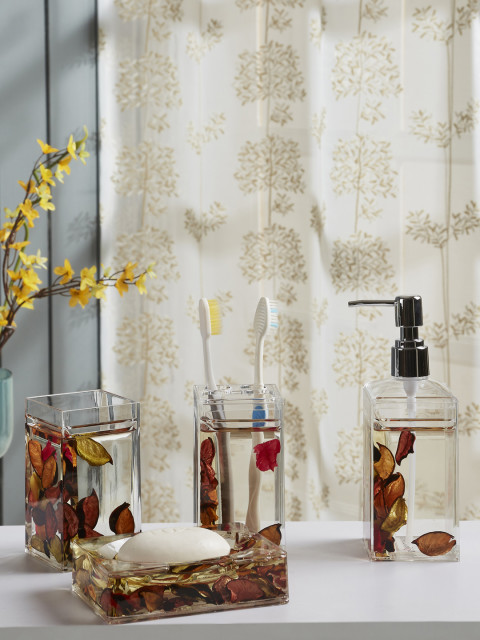 Myntra Offer : Obsessions Set Of 4 Off-White Solid Bath Accessories at Rs.1750