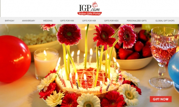 Indian Gifts Portal Offer : Get flat 20% off on Flower and Flower Hampers