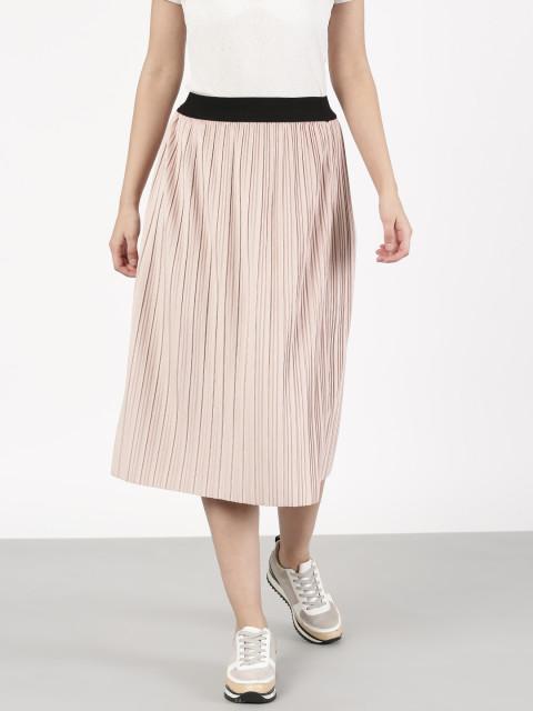 Myntra Offer : Get upto 60% off on Skirts