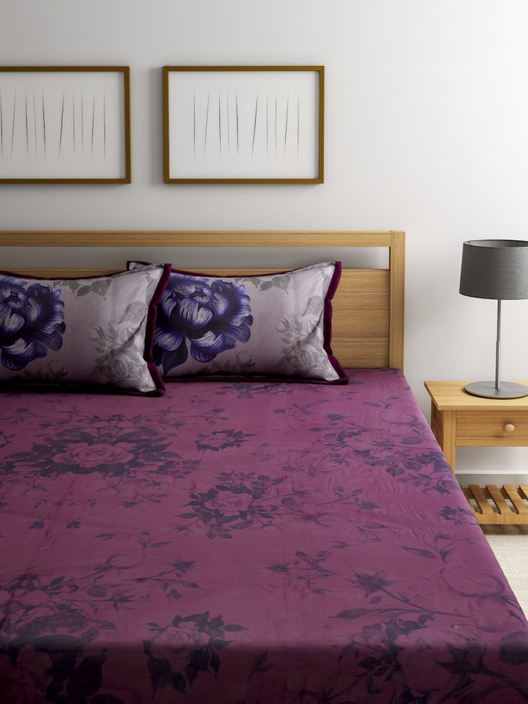 Myntra : BOMBAY DYEING Magenta 130 TC Cotton Double Bedsheet with 2 Pillow Covers at Rs.7225