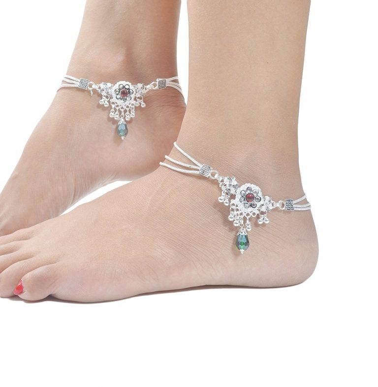 Amazon India : Charms Diva Silver Alloy Anklet For Women at Rs.399
