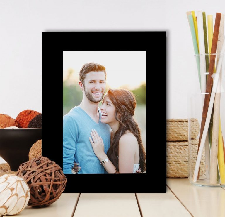 Amazon India : Painting Mantra Art Street Table Photo Frame at Rs.166