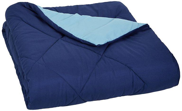 Amazon India : AmazonBasics Reversible Microfiber Comforter - Twin/Twin Extra-Long, Navy Blue at Rs.999