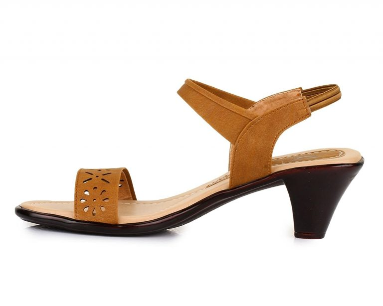 Amazon India : Trase Flint Sandal for Women Dailywear ( With new improved 2 inch Heel) at Rs.499