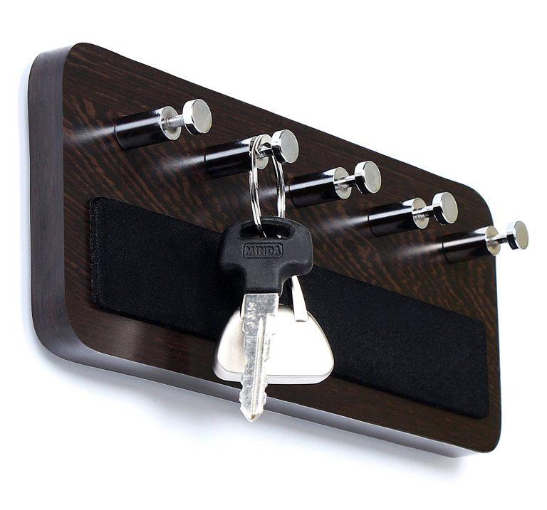 Amazon India : Bluewud Key Hold - Wall Mounted Key Holder/Key Rack Hooks - Skywood Wenge Big at Rs.425