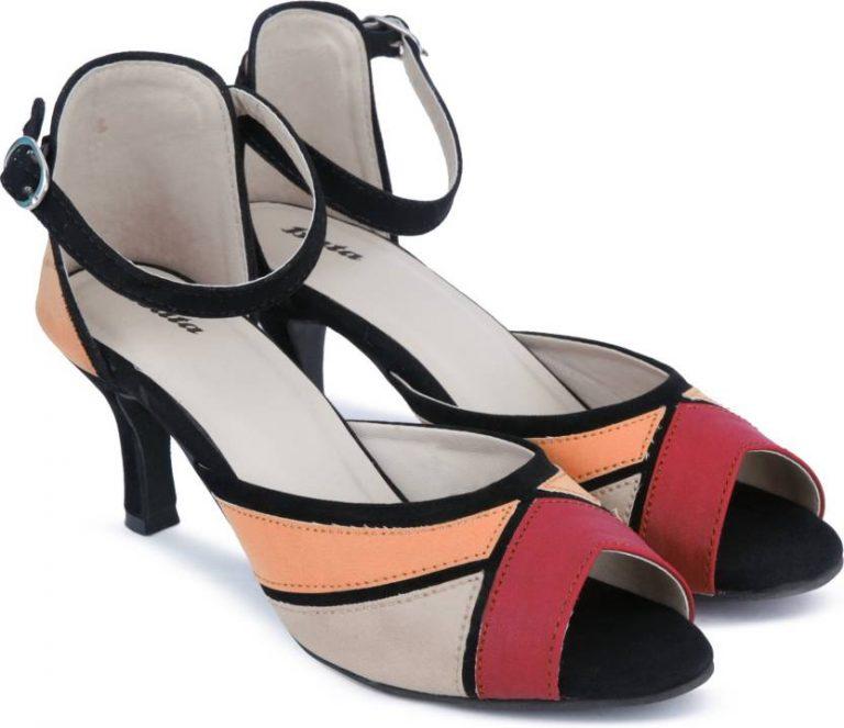 Flipkart : Bata Women Pink Heels at Rs.849