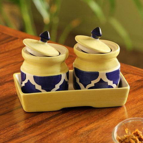 Myntra : Exclusive Lane Set of 2 Pickled-Coupled Handpainted Ceramic Pickle & Chutney Jars at Rs.404