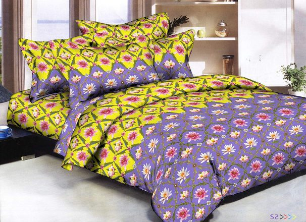 Amazon India : Cozyland 180 TC Polyester Double Bedsheet with 2 Pillow Covers - Floral, Cherry Red