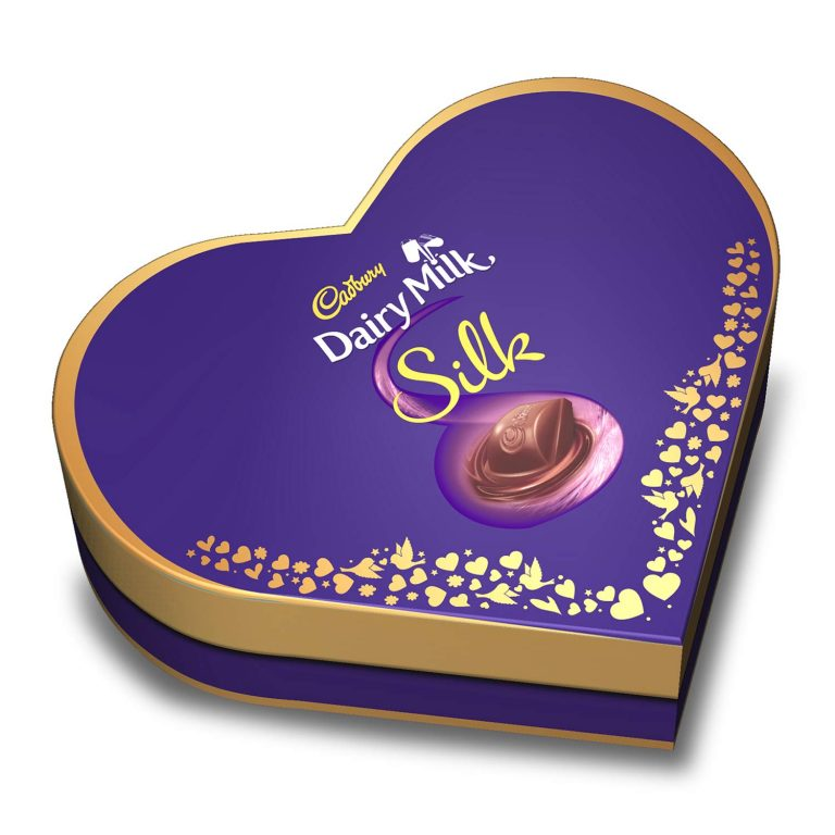 Amazon India : Cadbury Dairy Milk Silk Heart Shaped Valentine Gift Pack (2 x Silk 60g + 2 x Silk Bubbly 50g), 220 g