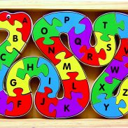 Amazon India : Little Genius Alphabet Snake (26 Pieces Jigsaw Puzzle)