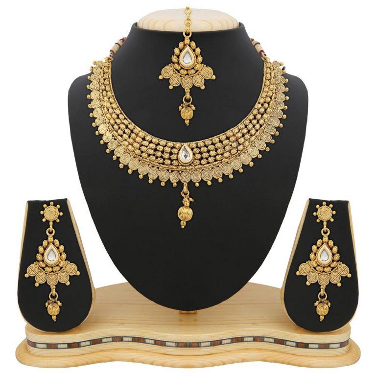 Amazon India : Reeva Apara Exquisite Golden Jalebi Design Necklace Set With Kundan For Women