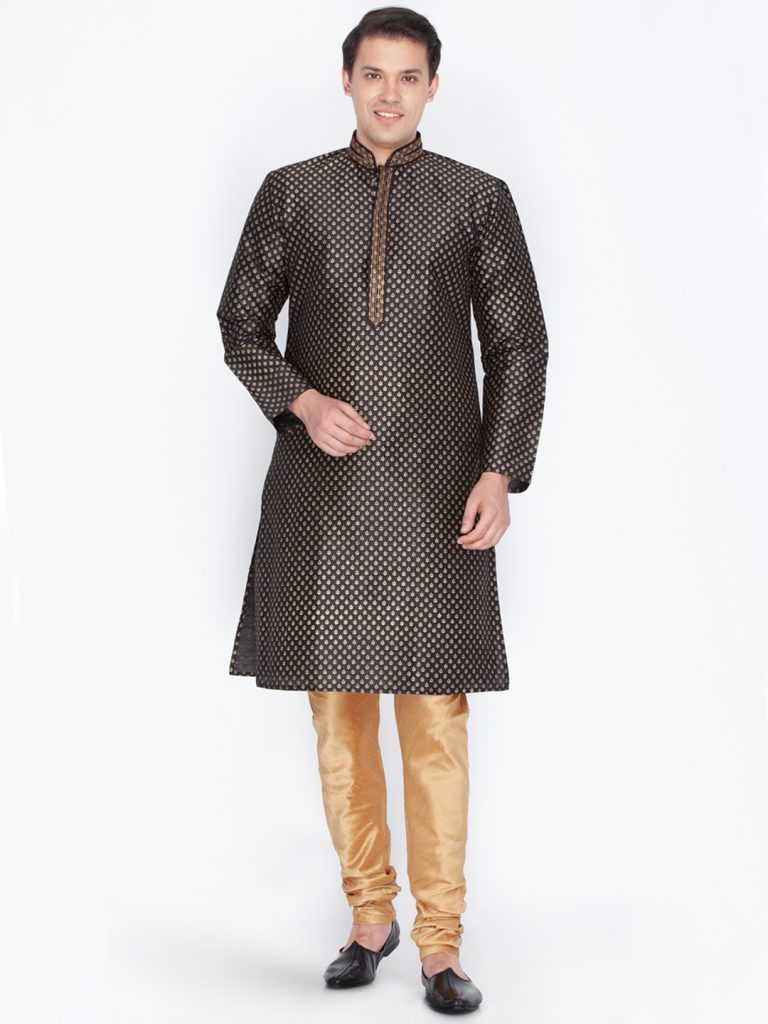 Myntra : Vastramay Men Black & Golden-Coloured Printed Kurta with Churidar Pant