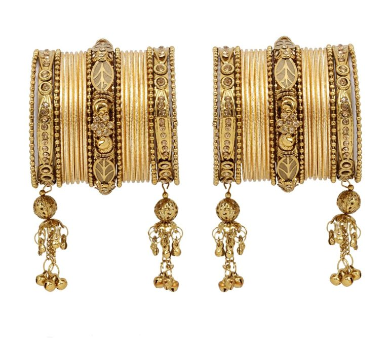 Amazon India : Traditional & Ethnic Bangles Set at low prices