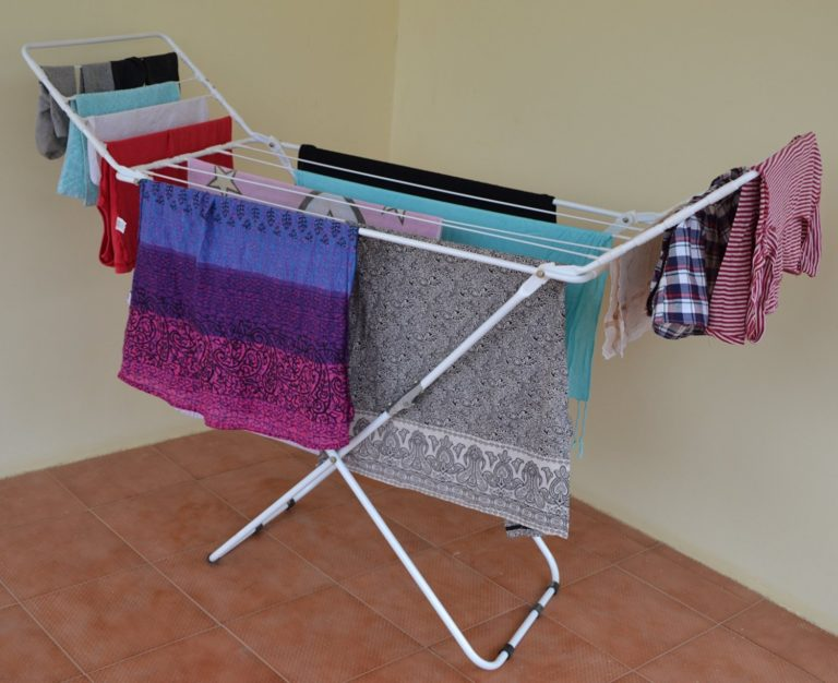 Amazon India : PAffy Expanding Clothes Drying Stand - Three Way Folding at Rs.1399
