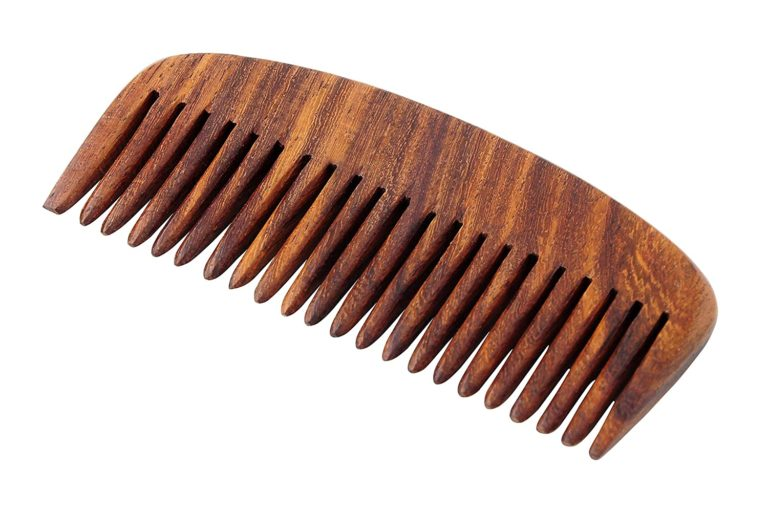 Amazon India : Pearl Shaving Natural Wood Classic Hair Comb/Beard Comb at Rs.178